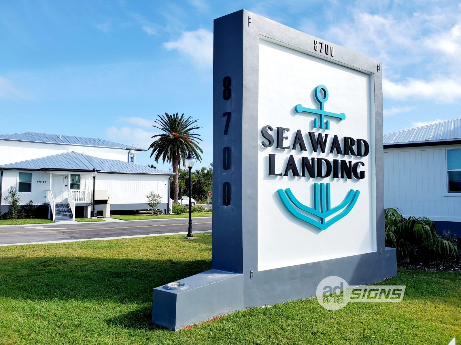 SeawordLanding1